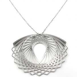 Sphiro Flower Necklace