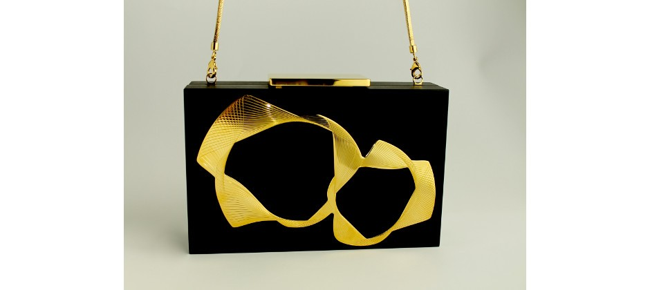Clutch Bag in Plexiglass - Back and Gold Brass Plated